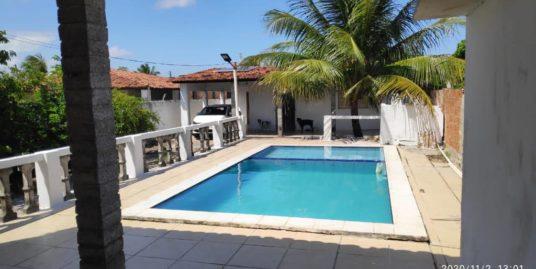 Casa para venda possui 2 quartos com piscina em Catuama – Goiana – PE